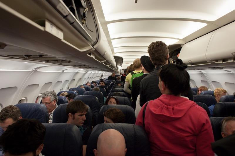 plane-691084_1280.jpg